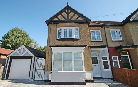 A spacious two bedroom maisonette on Beresford Road